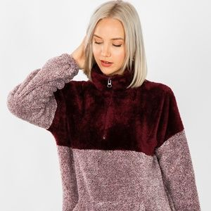 Zenana Outfitters Tops - NEW BURGUNDY FAUX FUR SHERPA PULL OVER TOP SWEATER